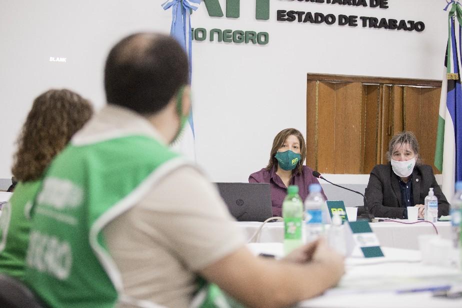 Río Negro: Se creará una mesa especial para estudiar la situación del personal de Salud