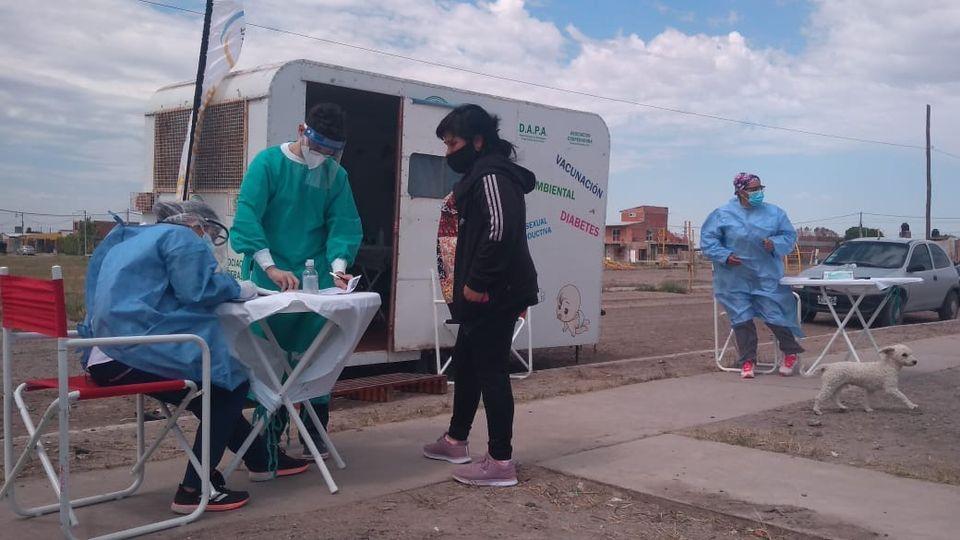 Plan Detectar en Viedma: El Hospital Zatti realizó test rápidos en el barrio 30 de Marzo