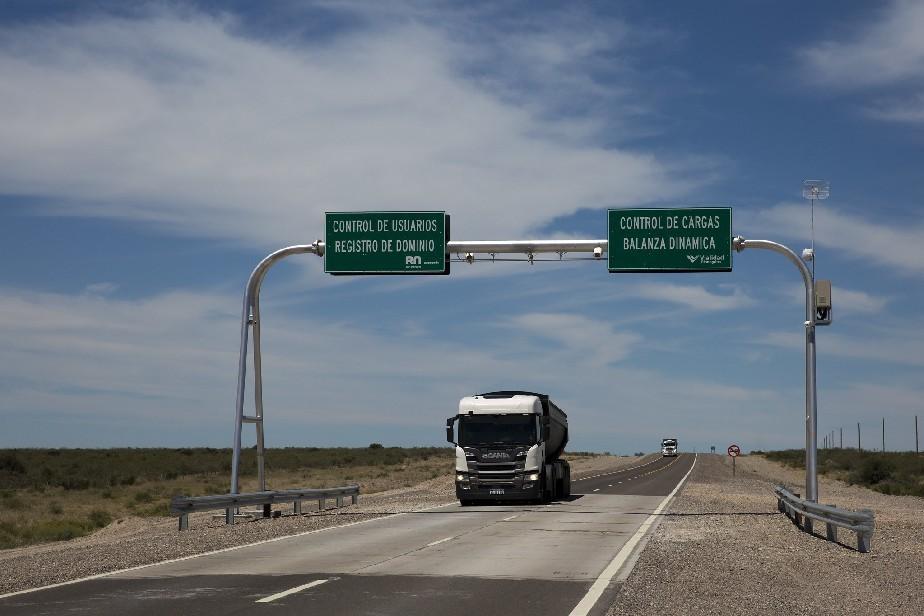 La Ruta Provincial 2 ya cuenta con sistema de control de pesos y dimensiones