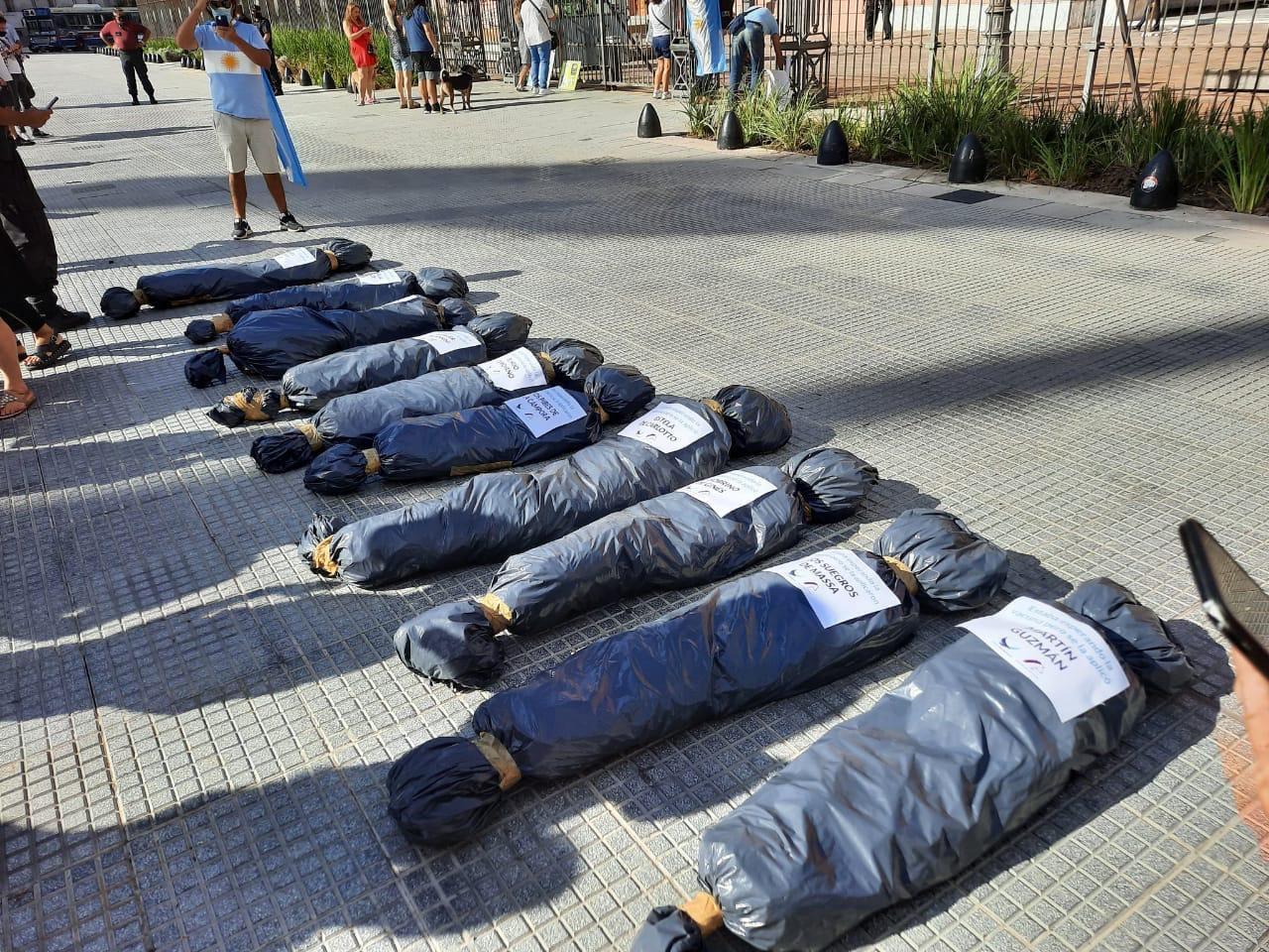 """El bloque del Frente de Todos repudió """"las expresiones de odio"""" de la marcha opositora"""