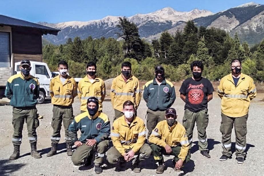 Combaten un nuevo incendio en cercanías de El Bolsón