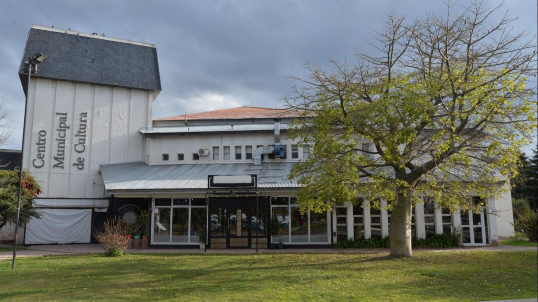 Habrá financiamiento para la puesta en valor del Centro Municipal de Cultura