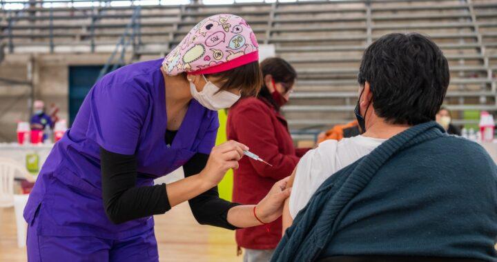 Vacunación: Se pueden inscribir las personas de 50 a 59 años sin factores de riesgo