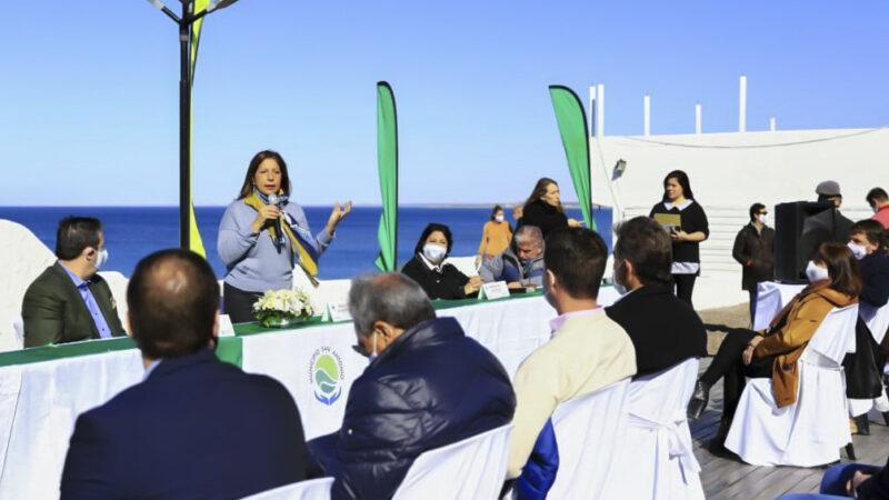 Lanzamiento oficial de la temporada de avistaje de fauna marina en el Golfo San Matías