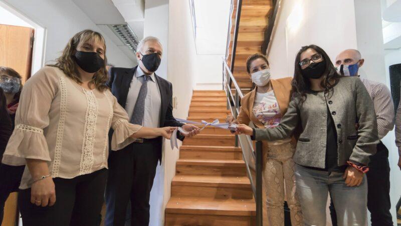 La gobernadora Carreras inauguró las nuevas oficinas de la Contaduría General